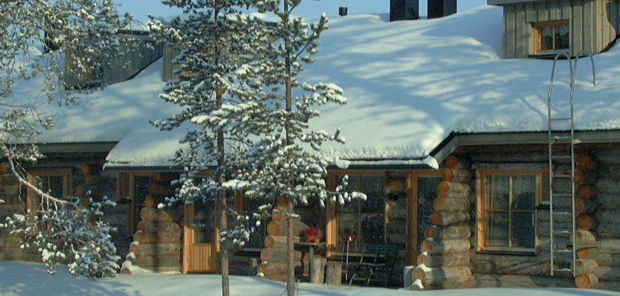 Finland_Lapland_Levi_Levi_log_cabins_outside.jpg